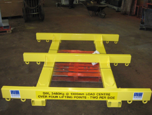 Forklift truck mounted, variable position, lifting beam